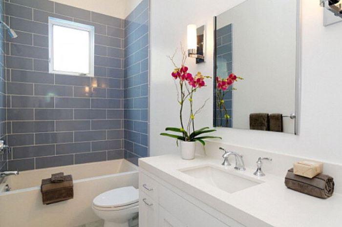 красная орхидея в ванной фото
